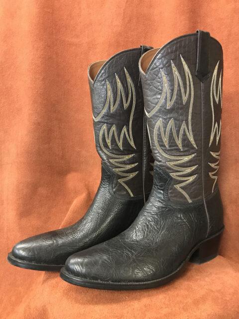 Black Bullhide Cowboy Boots