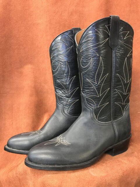 Black Oil Tan Cowhide Cowboy Boots